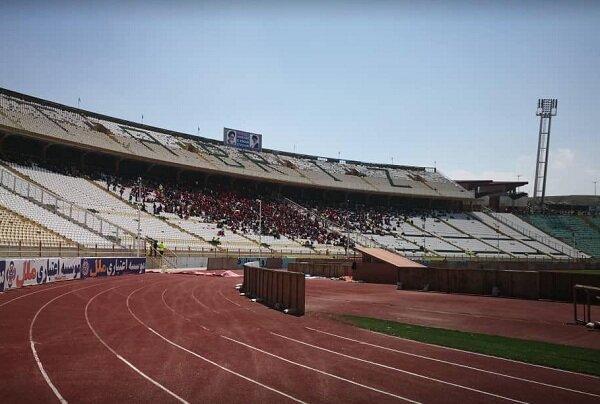 حضور ۱۰هزار نفری هواداران در ورزشگاه/ ترافیک در ورودیهای ورزشگاه