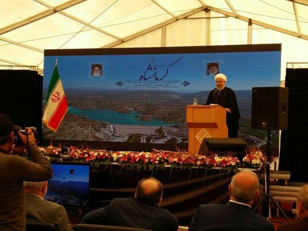الرئيس روحاني: قوة أميركا ليست أكبر من لسانها الطويل