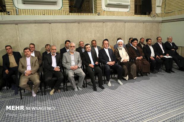 دیدار جمعی از معلمان و فرهنگیان با رهبر معظم انقلاب