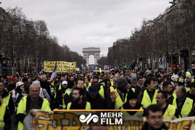 فرانسه به پادگان نظامی تبدیل شد