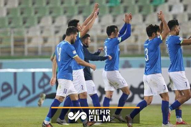 گل دوم استقلال خوزستان از روی نقطه پنالتی