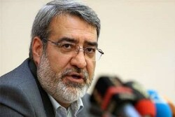 Khosravi border gate to resume activity tomorrow, interior min. says