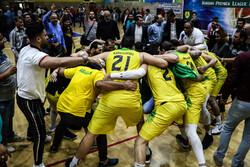 سرمربی تیم بسکتبال پالایش نفت آبادان حفظ میشود
