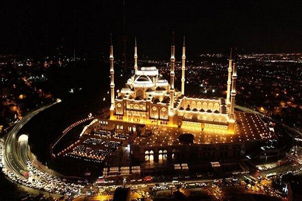 İstanbul'da Kadir Gecesi merasimi internet üzerinden yapıldı