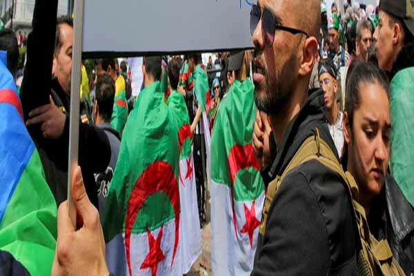 تداوم اعتراضات الجزایریها برای یازدهمین جمعه متوالی