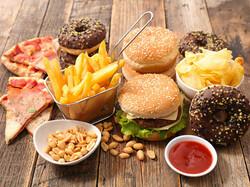تاثیر مصرف خوراکی های مضر بر افزایش ریسک آلرژی در کودکان