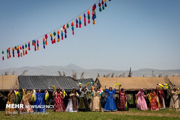 عرس بطراز تقليدي في فيروز اباد