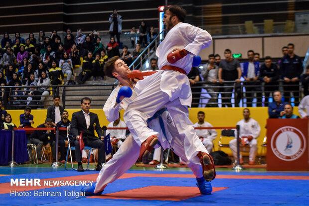 کاراته زنجان در سوپرلیگ هنرنمایی میکند