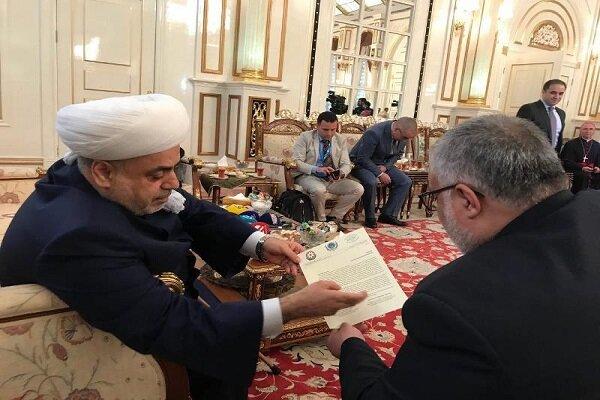 طهران وباكو تؤكدان على تعزيز العلاقات الثنائية