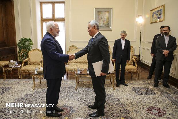 تقدیم استوارنامه سفیر جدید جمهوری تاجیکستان به وزیر امور خارجه ایران