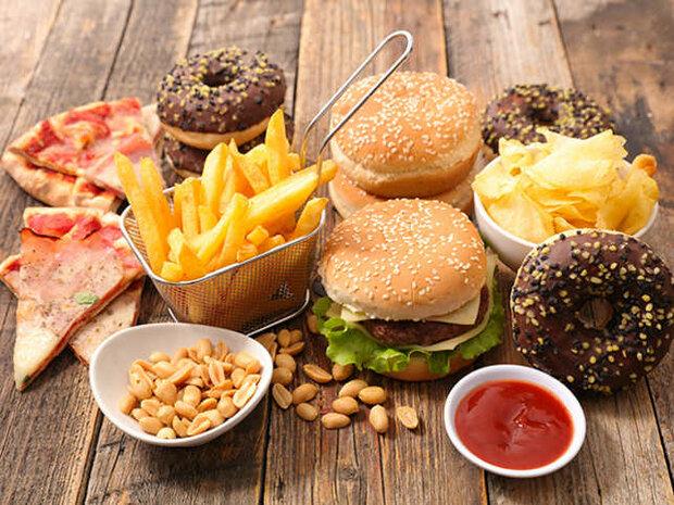 تاثیر مصرف خوراکی های مضر بر افزایش ریسک آلرژی در کودکان,