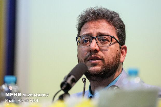نشست نقد و بررسی برنامه «عصر جدید» در دانشکده علوم اجتماعی دانشگاه تهران