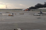 VIDEO: Russian plane crash-lands in Moscow