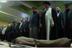 پیکر مادر شهیدان عبدالله دخت در تبریز تشییع شد
