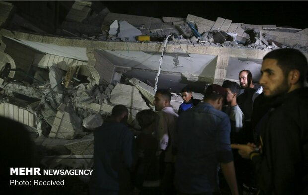 Zionists martyr 32 Palestinians in 2 days