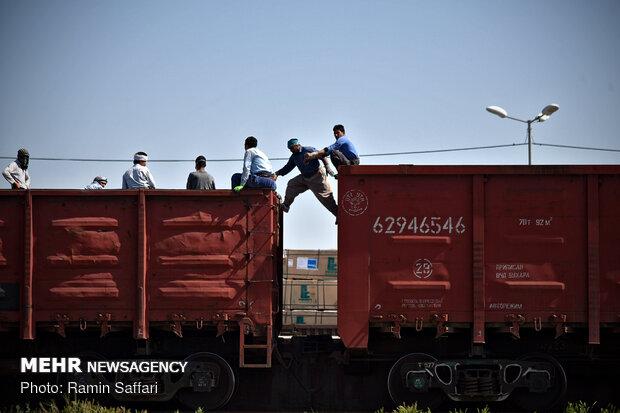 زيارة الصحفيين لخطوط السكك الحديدية على حدود ايران وتركمنستان / صور