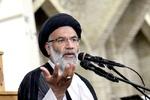 جوشکاری خط لوله آب غیزانیه توسط نماینده ولیفقیه در خوزستان