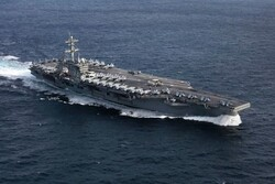 US aircraft carrier remains outside of Persian Gulf