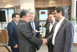 Kazakh Ambassador to Tehran Askhat Orazbay (L) and Iran's Ports and Maritime Organization (PMO) Head Mohammad Rastad met on Tuesday to discuss port and maritime cooperation.