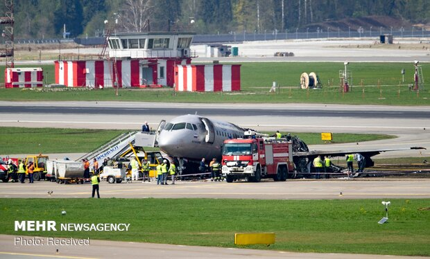آتش گرفتن هواپیمای مسافربری در روسیه