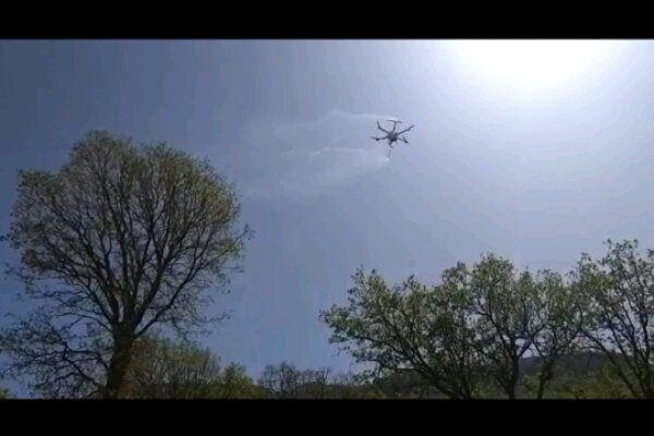 VIDEO: Spraying pesticides with homegrown drones in SW Iran