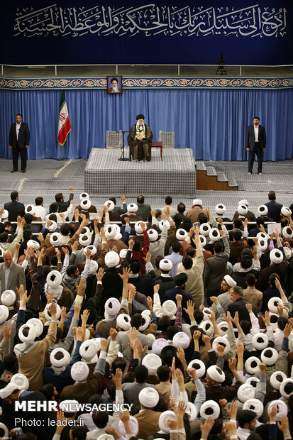 Seminary students meet with Ayat. Khamenei