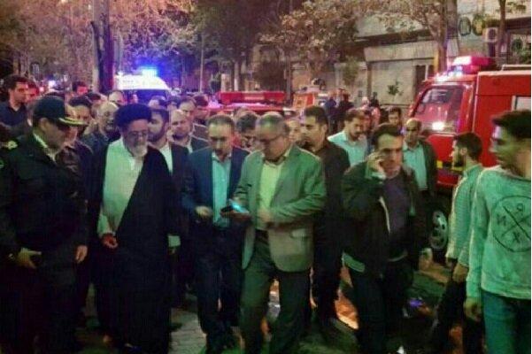 حضور امام جمعه تبریز و استاندار آذربایجان شرقی در محل آتش سوزی