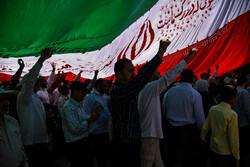 کرمانیها با حضور حماسی در راهپیمایی ۲۲ بهمن برگ زرین دیگری در تاریخ ثبت میکنند