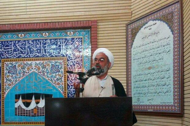 نماز جمعه نهاد فرهنگی است/ وحدت در سایه فریضه عبادت