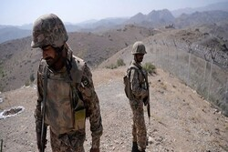 Iran, Pakistan Border fencing begins