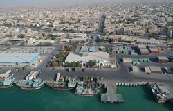 صادرات غیرنفتی ۵۵درصد افزایش یافت/جهش ۳۳۶درصدی حمل و نقل ساحلی