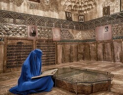 """""""Mausoleum"""" by Iranian photographer Alma Monshibaghan won the PSA bronze award at the NYC Manhattan Exhibition."""