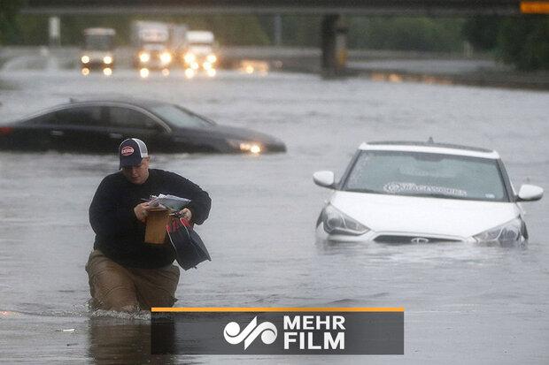امریکی ریاست ٹیکساس میں سیلاب سے تباہی