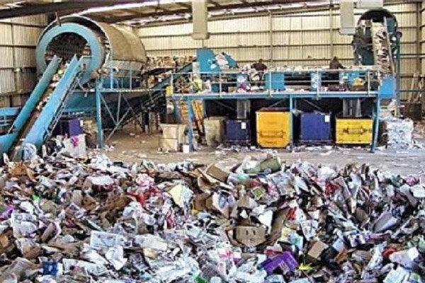 تجهیزات بازیافت زباله در جزیره خارگ توسعه مییابد