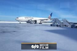 لحظه پراسترس پیادهشدن مسافران هواپیما بعد از فرود اضطراری