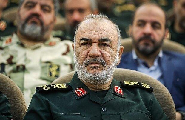 فرمانده کل سپاه درگذشت امیر «احمد ترکان» را تسلیت گفت