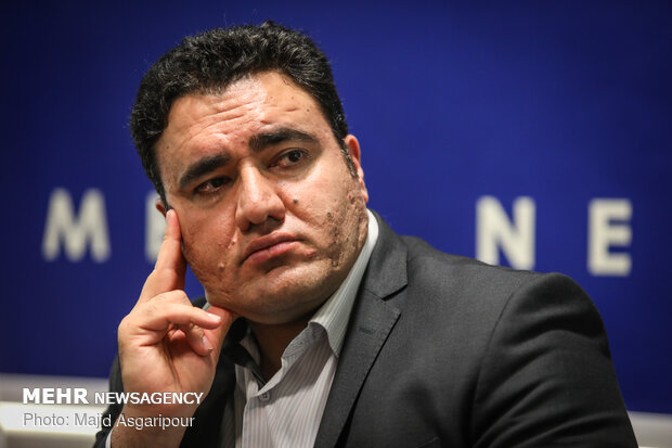 نشست نقد و بررسی نمایشگاه کتاب تهران