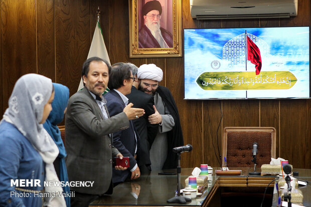 دیدار نخبگان فرهنگ و هنر افغانستانی با رئیس ساطمان تبلیغات اسلامی