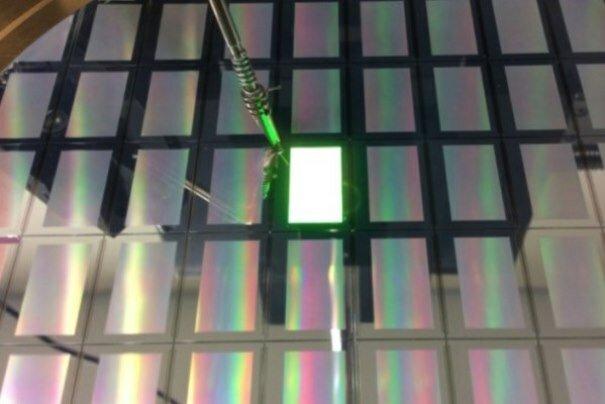 ساخت ال ای دی که نور سبز را با کیفیت بالا تولید میکند
