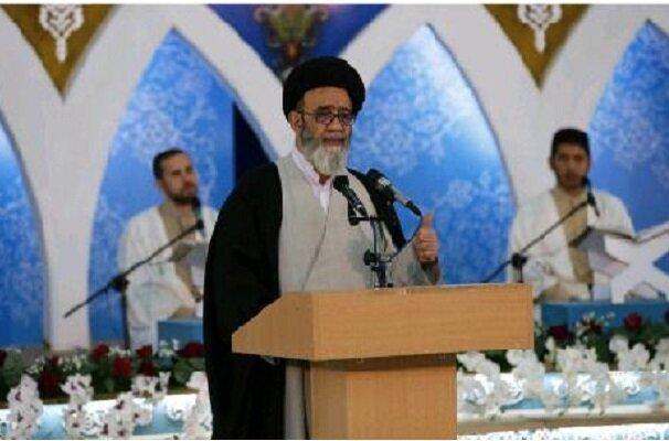 مسلمانان باید استقلال سیاسی و اقتصادی خود را حفظ کنند