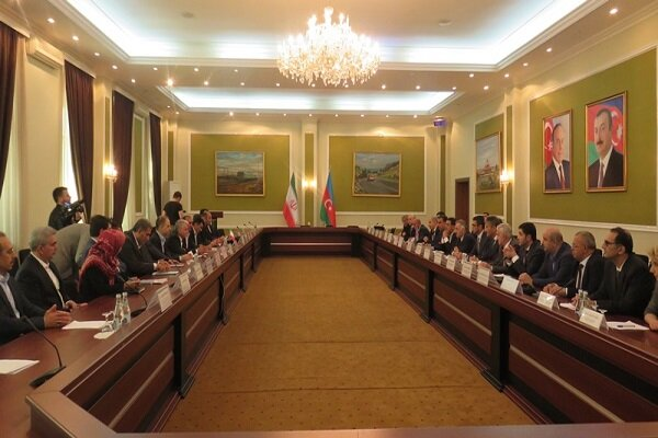 Iran, Azerbaijan experts discuss increasing cooperation in communications, IT field