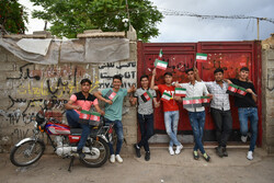 Iranians, Afghans celebrate unity in Shiraz