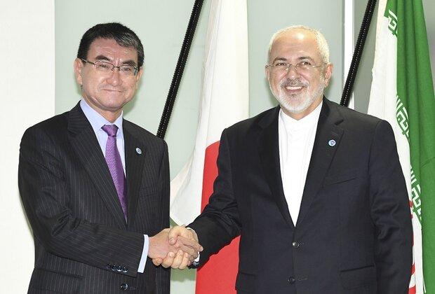 ظریف و تارو کونو . وزیران امور خارجه ایران و ژاپن