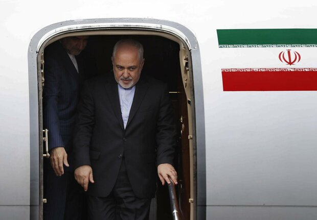 Zarif arrives in Baghdad to consult with Iraqi officials