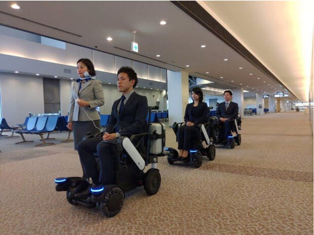 ویلچرهای خودران در یک فرودگاه ژاپن مسیریابی می کنند