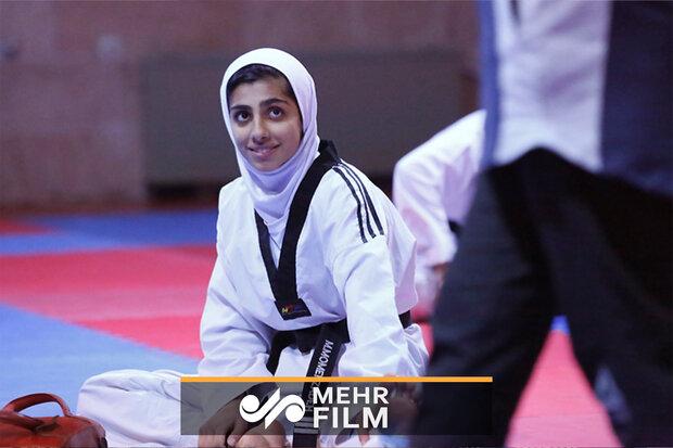İranlı kadın sporcudan Dünya Tekvando Şampiyonası'nda büyük başarı