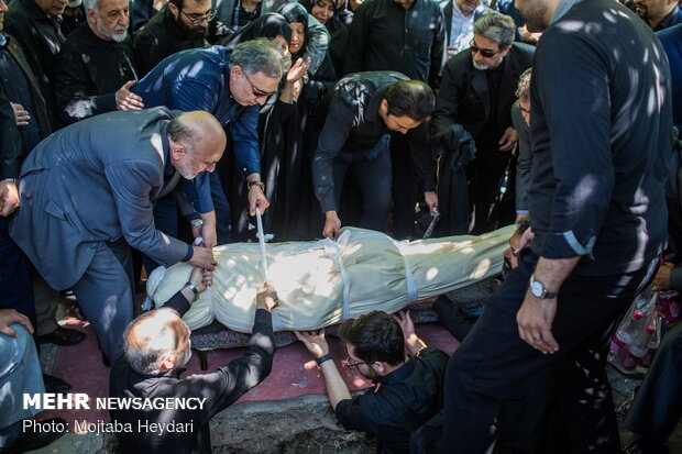 مراسم تشييع پيکرسيد حسين صهري