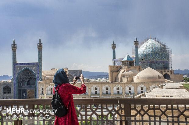 ما هي انطباعة السياح عن ايران بعد تعرفهم عليها وعلى شعبها؟