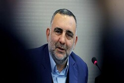 معاون فرهنگی وزیر ارشاد به سوگ مادر نشست