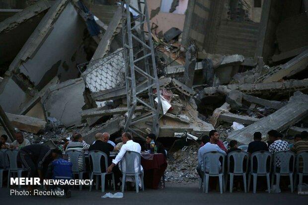 سفره افطار در نوار غزه
